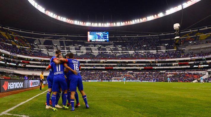 Cruz Azul ha sabido solo de victorias cuando debe definir una serie en el Azteca