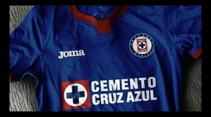 b645bfb785a Original  Filtran una nueva playera de Cruz Azul con Joma para el ...
