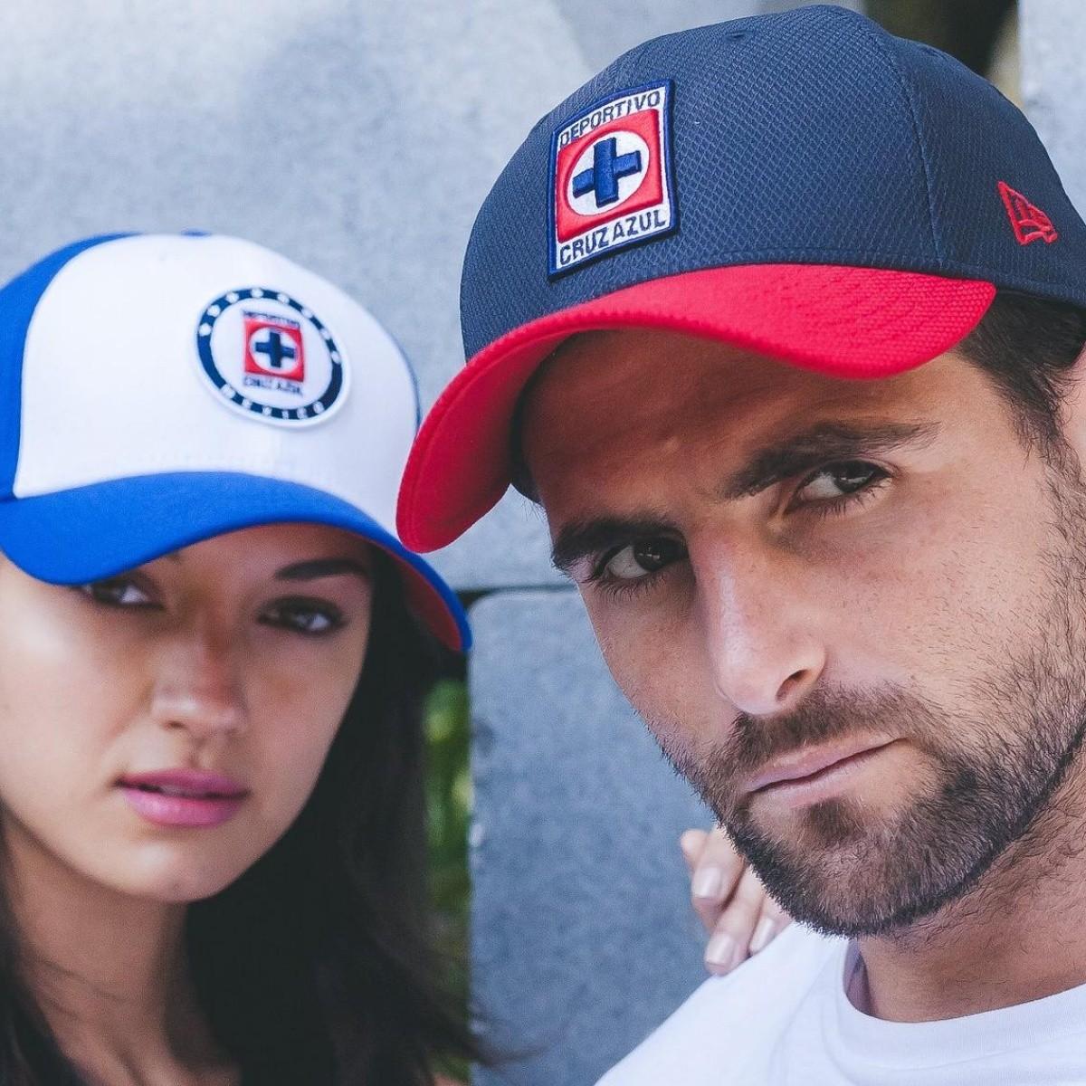 2e200bb2cd849 Hermosas  New Era estrena una nueva línea de gorras de Cruz Azul ...
