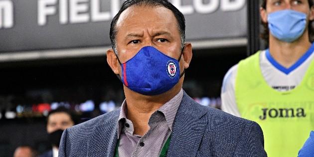 No hay buenas noticias: Juan Reynoso anticipó todas las ausencias que tendrá Cruz Azul en la Fecha FIFA de ...